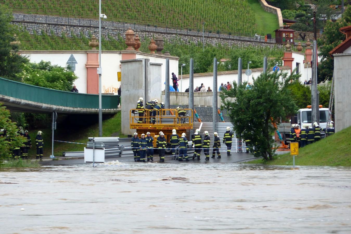 Povodně 2013 – Stromovka, Císařský ostrov a Trója