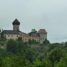 Z Pradědovy galerie na hrad Sovinec